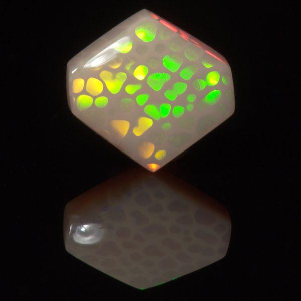 Welo Honeycomb Opal Hexagon