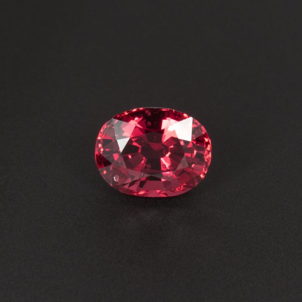 Red Spinel Oval 1.4ct