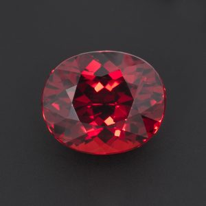 Orangey Red Garnet Oval 4.6ct